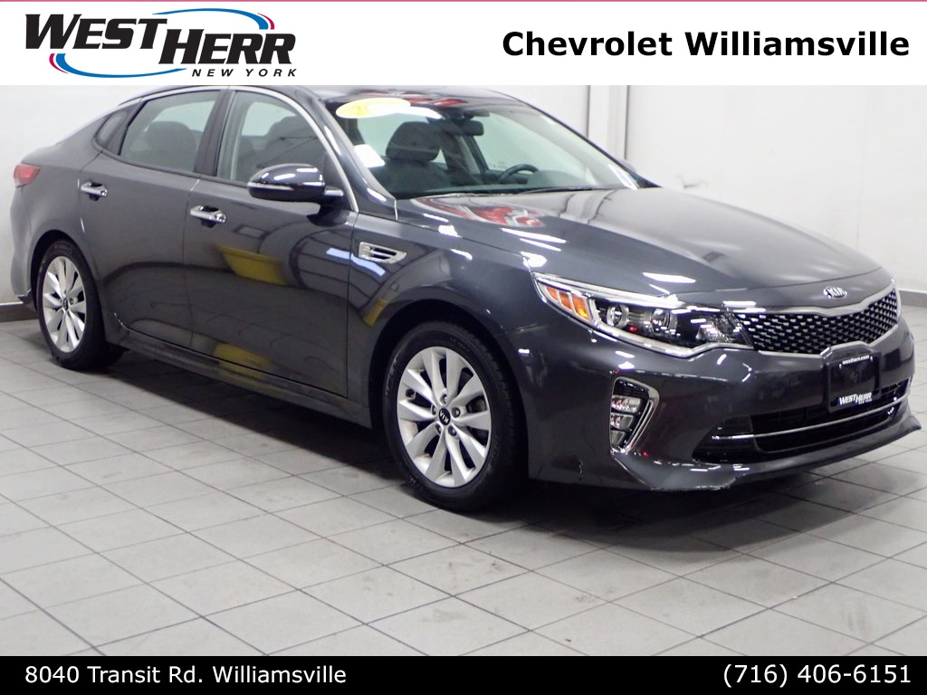 Pre-Owned 2018 Kia Optima LX