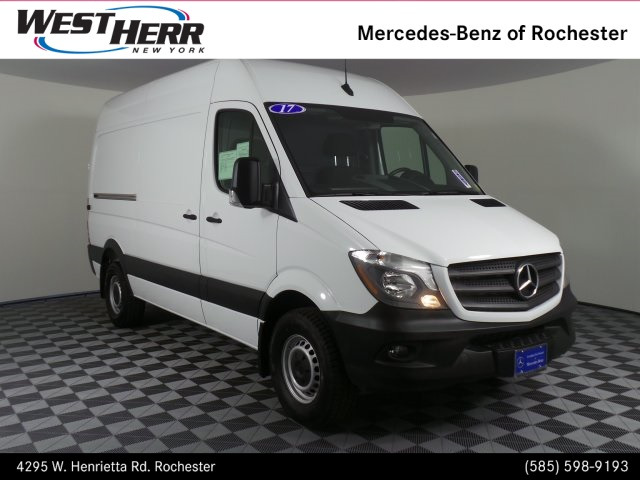 Pre-Owned 2017 Mercedes-Benz Sprinter 2500 Cargo 144 WB